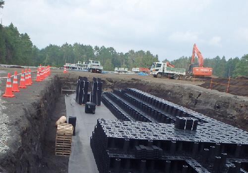 工場施設/大型トラック搬入路下設置